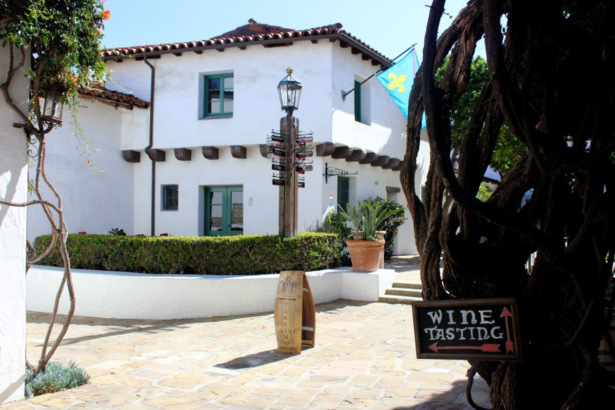 Experience the best of Santa Barbara wineries and food through the advice from a local Santa Barbara resident. It's the perfect wine filled weekend!