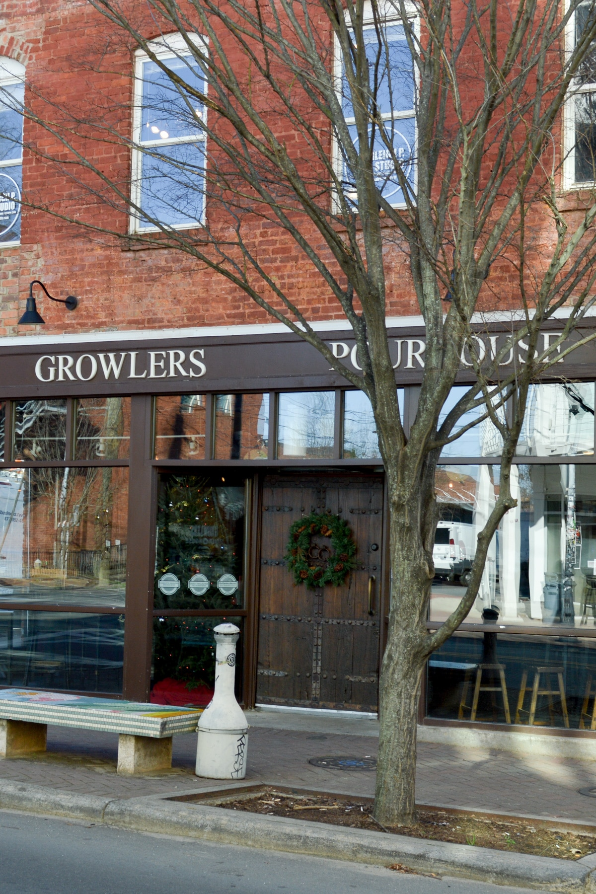A restaurant review of Growlers Pourhouse and the Crepe Cellar in Charlotte, North Carolina. Must eats when in the Queen City!