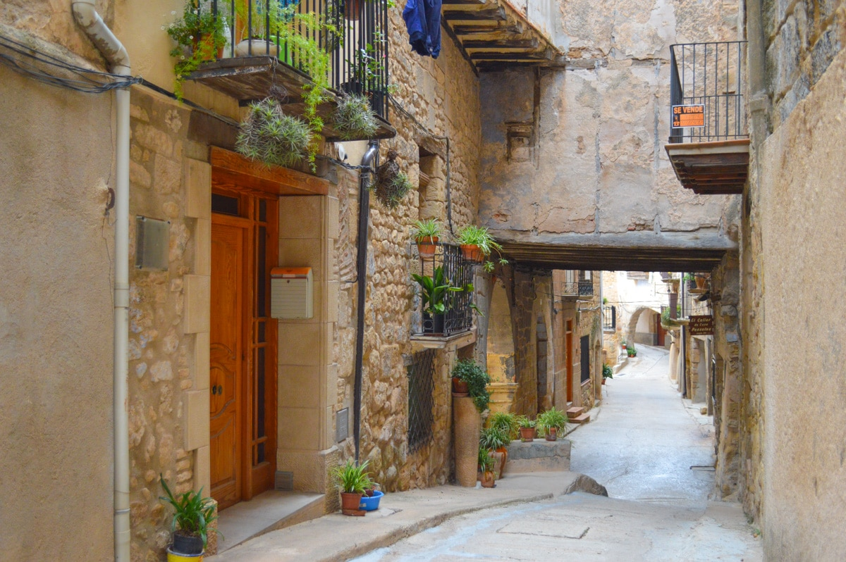 21 Photos that will make you want to move to a Spanish village. You have to see these!