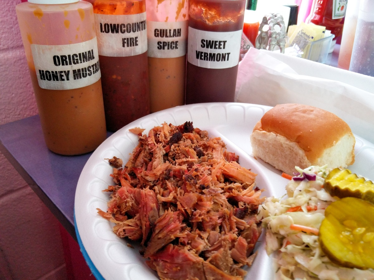 Restaurant review The Pink Pig BBQ Hardeeville, South Carolina. An authentic South Carolina BBQ Experience!